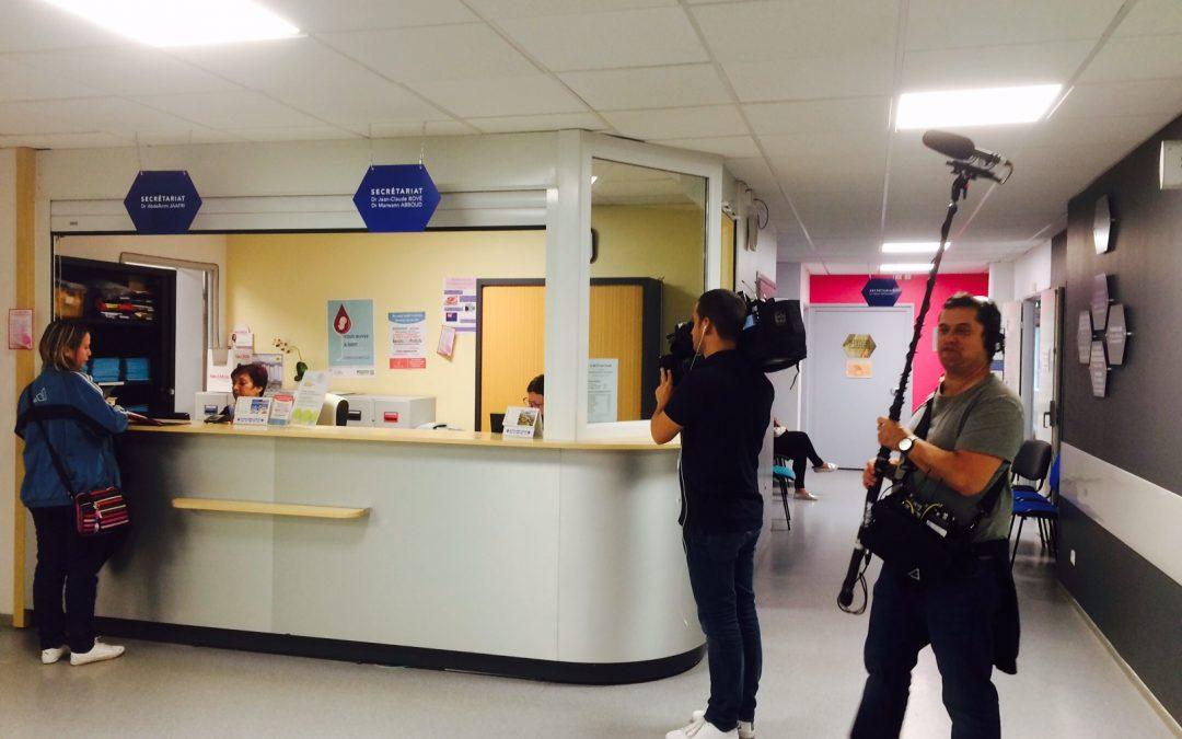 La Voix du Nord – La fête de la musique en Maternité / La clinique sous l'oeil des caméras de M6